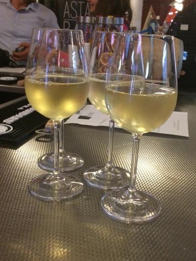 Der Wein kommt vom Großhändler.